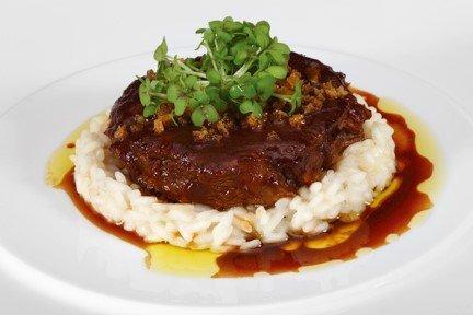 Spalla-di-vitello-Chef-Roger-Rassin-1-Michelin-del-ristorante-La-Rive
